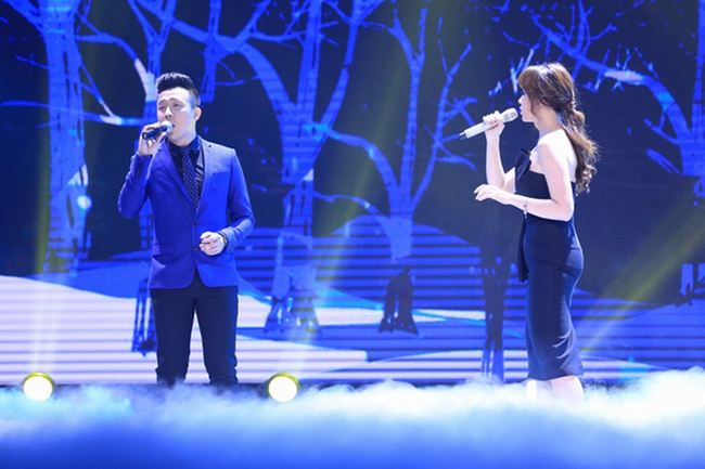 Chiếc váy có thể giúp Hari Won khoe được nét đẹp vòng một nhưng lại khiến cô mất điểm vì vòng hai.