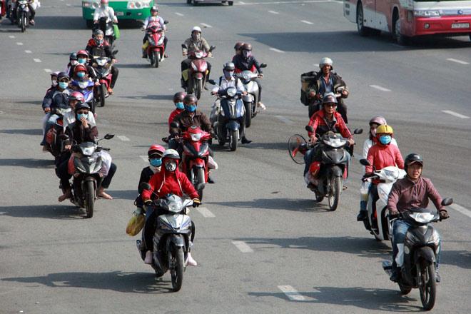 Người miền Tây rồng rắn rời Sài Gòn về quê đón Tết - 3