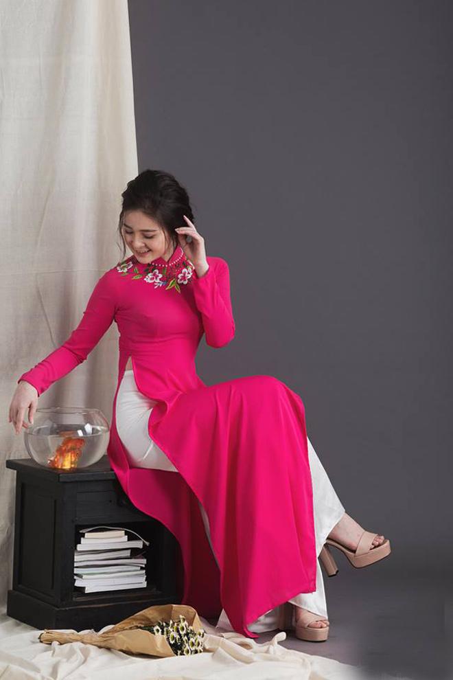Không cần sexy, hot girl Đà Nẵng vẫn cuốn hút bất ngờ với áo dài xuân - 2
