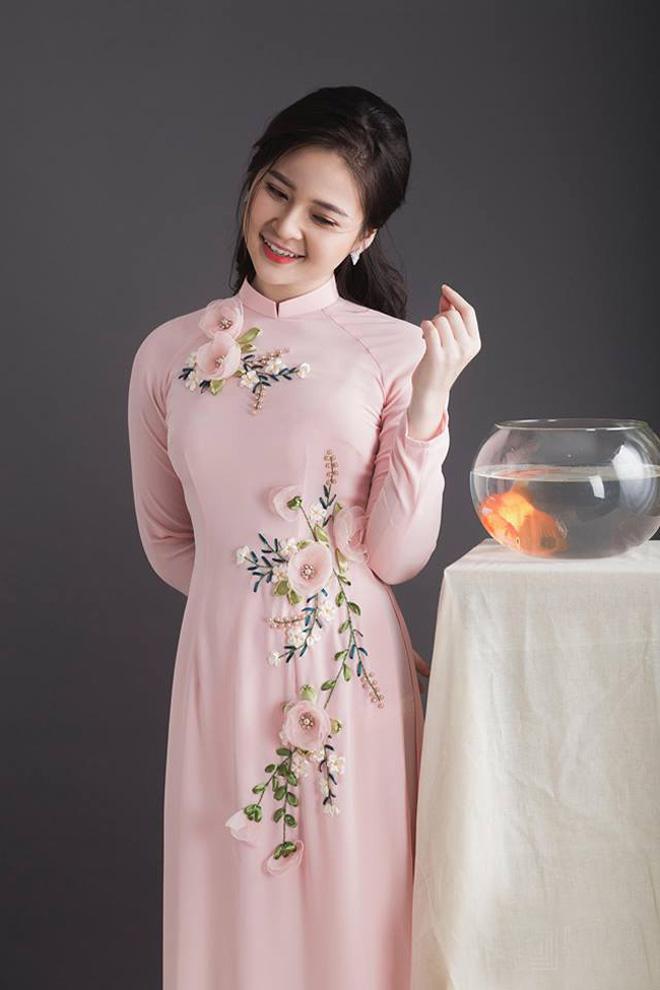 Không cần sexy, hot girl Đà Nẵng vẫn cuốn hút bất ngờ với áo dài xuân - 7