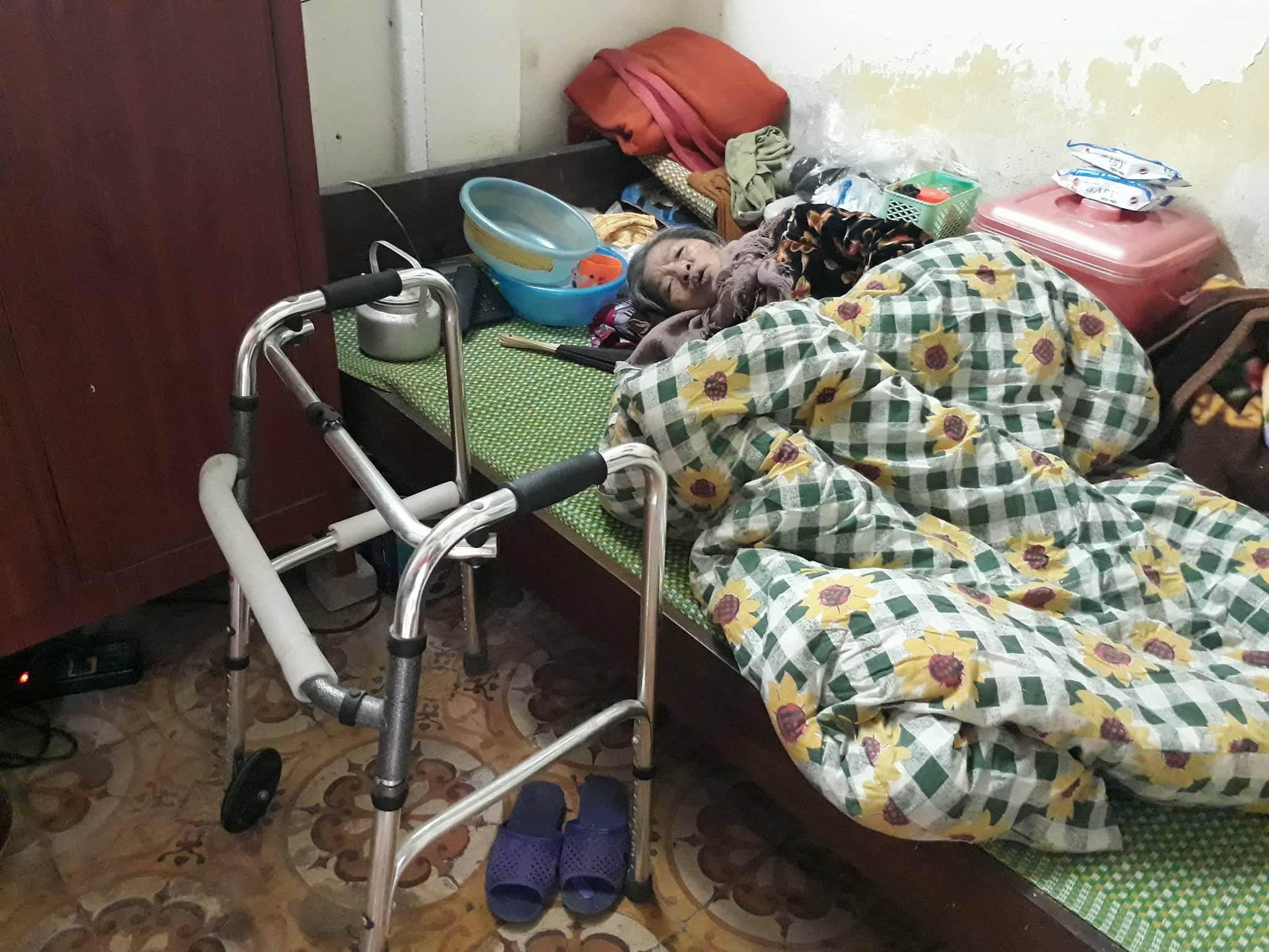 Ngày cận Tết của cụ bà gần 90 tuổi nuôi 2 con tâm thần giữa Thủ đô - 1