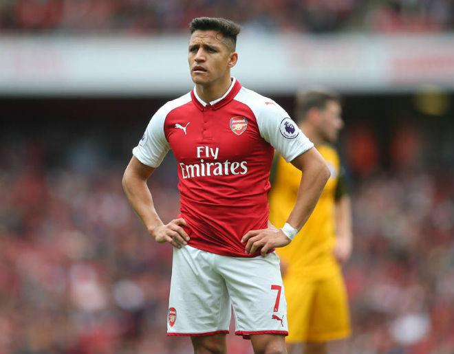 """Alexis Sanchez khốn khổ: Thoát kiếp """"gánh"""" Arsenal, lại lo """"gánh"""" MU - 2"""