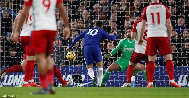"""Chelsea đại thắng: Hazard """"bung lụa"""", hăm dọa Barca - 6"""