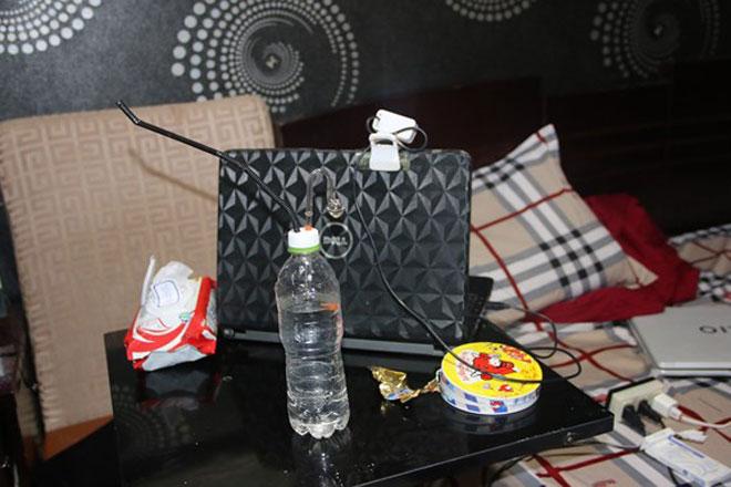 Phát hiện nhiều nam nữ thuê khách sạn thác loạn ma túy - 2