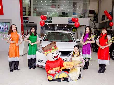 Rộn ràng sắc xuân tại hệ thống showroom Nissan Việt Nam - 4
