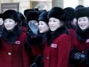 """Ngắm vẻ đẹp đoàn mỹ nữ Triều Tiên đang  """" đại náo """"  Hàn Quốc"""