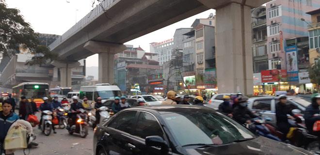 """""""Xe điên"""" gây tai nạn kinh hoàng trên đường Trần Phú chiều 28 Tết - 12"""