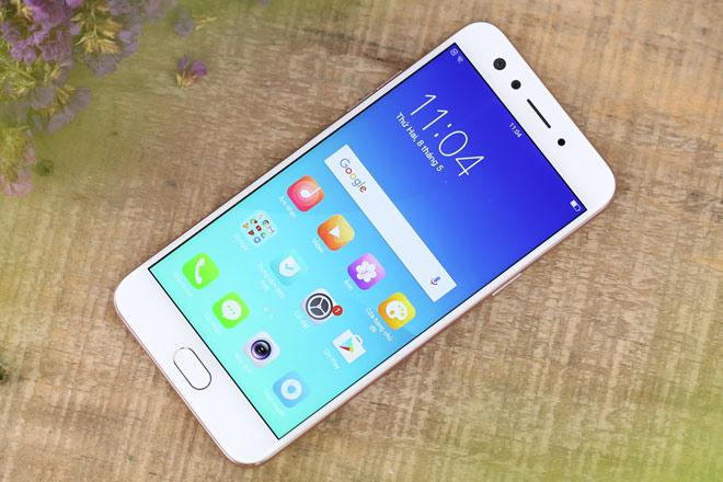 Điểm mặt smartphone tầm trung giảm giá cận Tết - 4