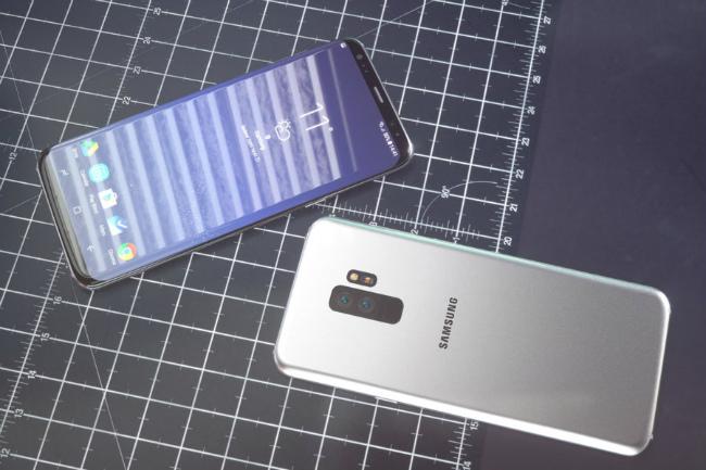 Dự kiến bộ đôi siêu phẩm này của Samsung sẽ ra mắt tại MWC 2018.