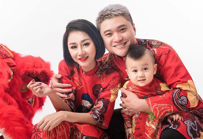 Vũ Duy Khánh đón Tết buồn vì bố mất, vợ DJ chủ động ly hôn - 2