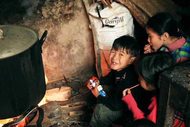 Ngày 29 Tết ở gia đình đông con nhất Hà Nội - 7