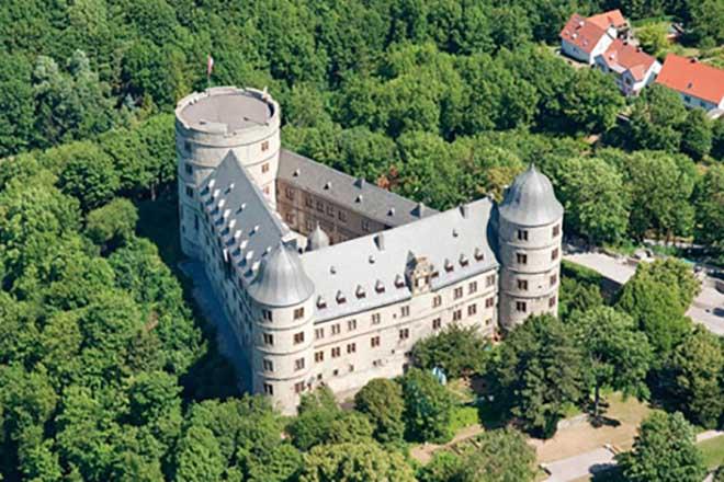 9 địa điểm nghi ẩn giấu 37 tỷ USD châu báu thời Đức Quốc xã - 1