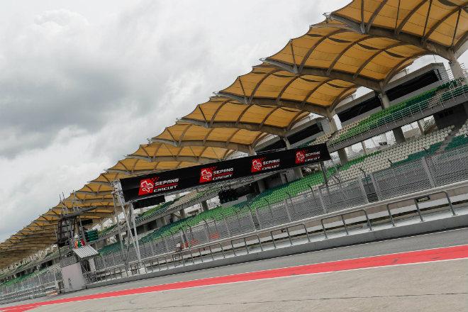 """MotoGP, đợt test Malaysia: Các """"ông lớn"""" chia sẻ ngôi đầu, Lorenzo tạo cột mốc mới - 1"""