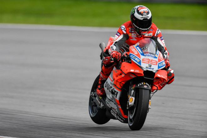 """MotoGP, đợt test Malaysia: Các """"ông lớn"""" chia sẻ ngôi đầu, Lorenzo tạo cột mốc mới - 4"""
