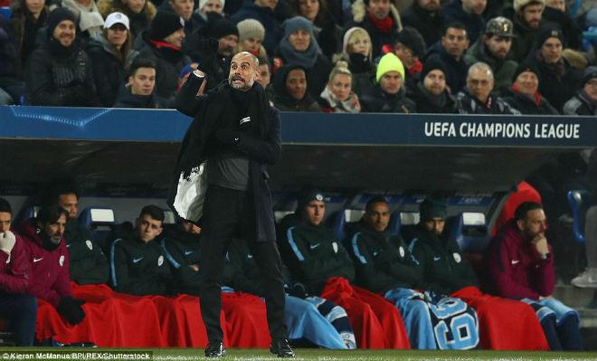 """Man City - Guardiola đại thắng 4 sao: Vẫn chơi trò """"mèo khóc chuột"""" - 1"""