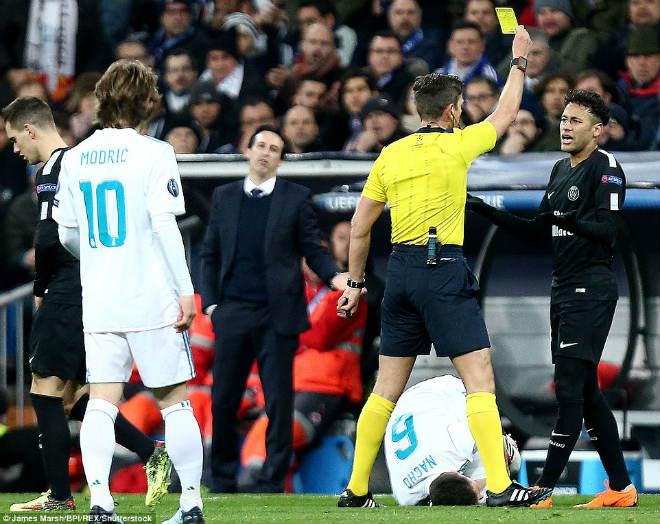 Vua Ronaldo phô diễn quyền uy Cúp C1: Neymar cúi đầu khuất phục - 8