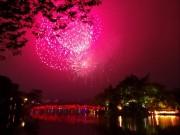 Pháo hoa đã rực sáng trên bầu trời khắp mọi miền Tổ quốc
