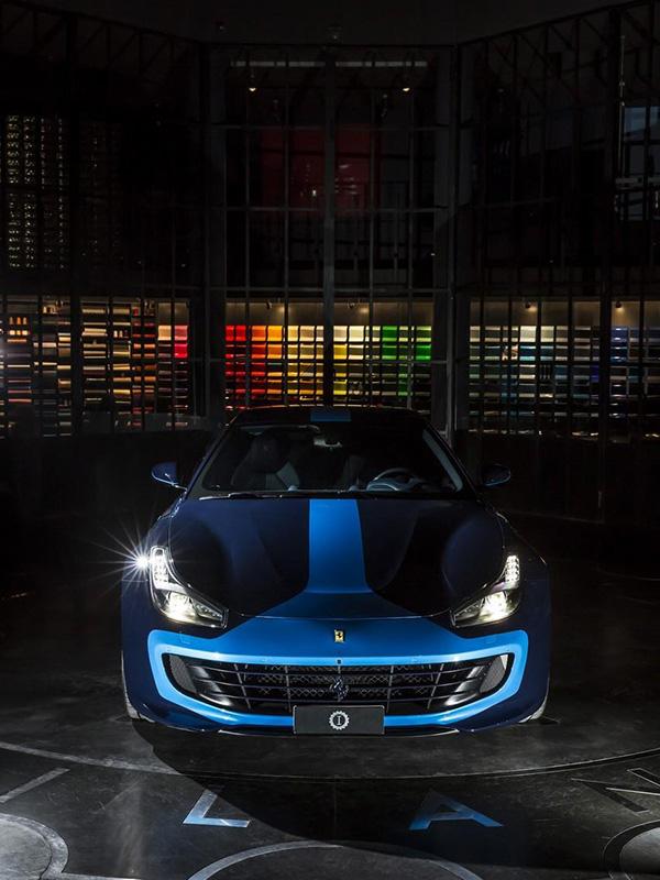 Thêm sắc xanh cho ngày xuân với Ferrari GTC4Azzurra - 1