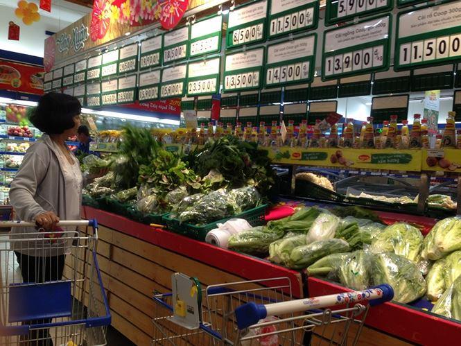 Giật mình rau xanh nửa ở chợ thiêng liêng Sài Gòn - 12