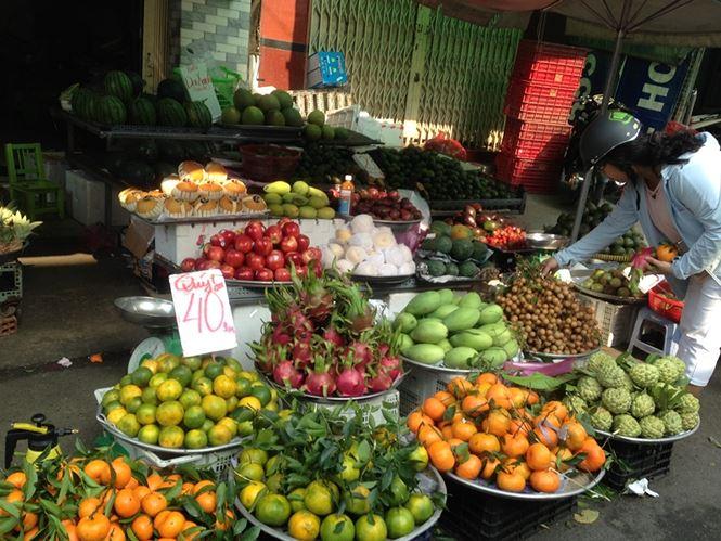 Giật mình rau xanh nửa ở chợ thiêng liêng Sài Gòn - 6