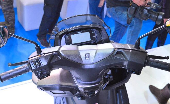 2018 Suzuki Burgman Street kình nhau với Yamaha NMAX - 4
