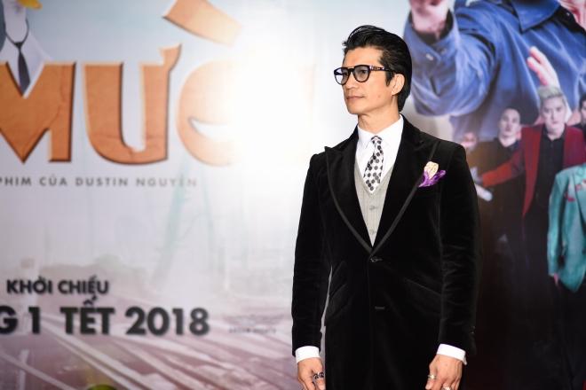 Chuyện ít biết về Dustin Nguyễn và vợ siêu mẫu kém 21 tuổi - 1