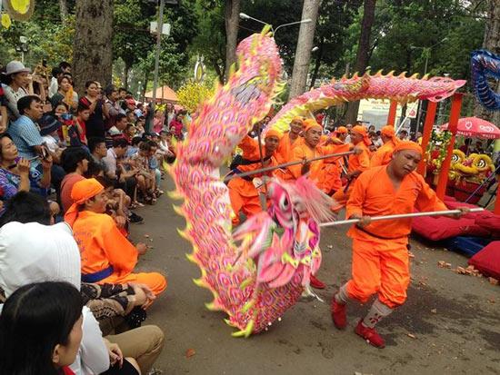 Mùng 3 tết, rủ nhau đi nhắm nhía 'kỳ hoa dị thảo' ở Sài Gòn - 19