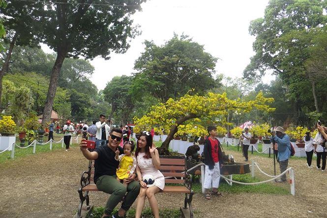 Mùng 3 tết, rủ nhau đi nhắm nhía 'kỳ hoa dị thảo' ở Sài Gòn - 2