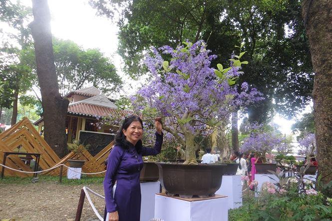 Mùng 3 tết, rủ nhau đi nhắm nhía 'kỳ hoa dị thảo' ở Sài Gòn - 5