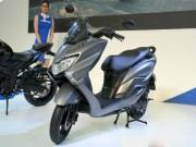 Thế giới xe - 2018 Suzuki Burgman Street kình nhau với Yamaha NMAX