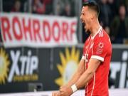 Wolfsburg - Bayern Munich: Đòn đau sớm, ngược dòng phút bù giờ