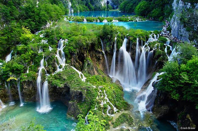 Hạ Long lọt top 8 nơi có vùng nước đặc biệt nhất thế giới - 1