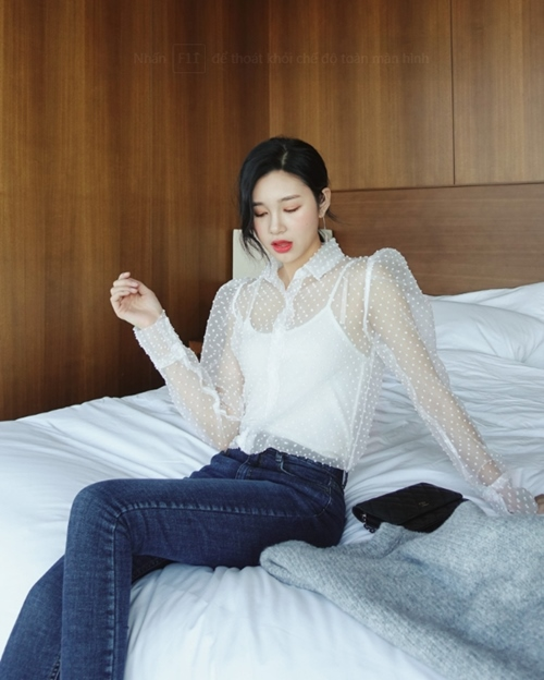Tết ấm áp diện ngay kiểu áo siêu nữ tính này - 11