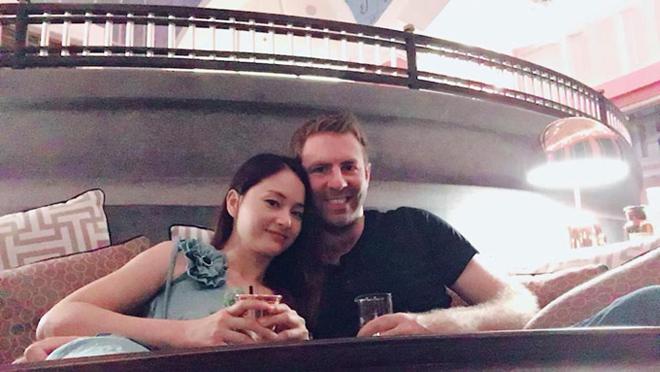 Có bầu 5 tháng sau 6 tháng hẹn hò, Lan Phương và chồng Tây đón Tết thế nào? - 3