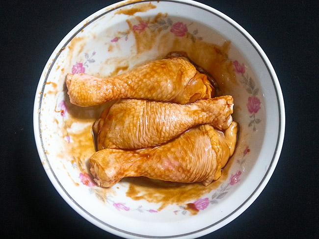 Đổi món ngày Tết với đùi gà chiên xù giòn tan, các bé tranh nhau ăn - 4