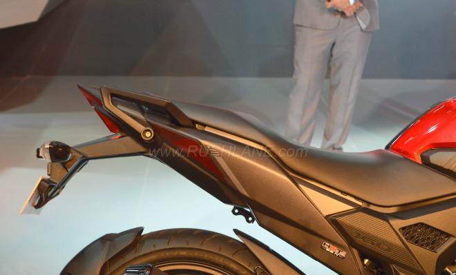 2018 Honda X-Blade 160 khiến Suzuki Gixxer lo ngại - 12