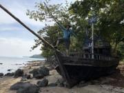 Truy tìm băng cướp  Cánh buồm đen  trên quần đảo hải tặc