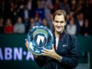 Federer hạ Dimitrov:  Thiên đường  thứ 97, triệu fan ngợi ca huyền thoại