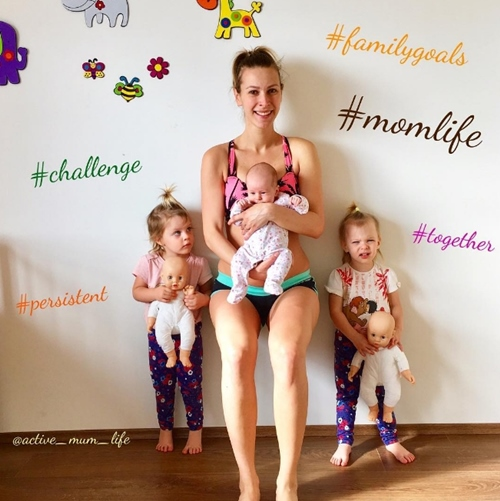 Mẹ 3 con dùng các con thay tạ tập gym và kết quả bất ngờ - 1