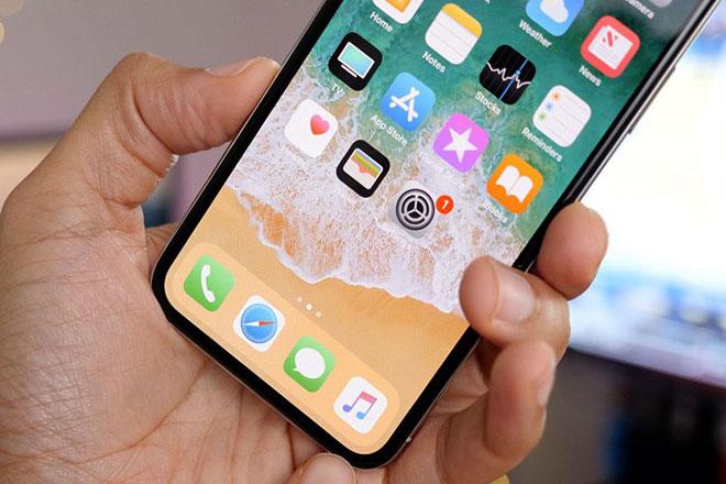 Samsung đang nếm trái đắng vì... đối thủ iPhone X bán không chạy - 1