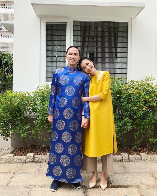Gia đình Tăng Thanh Hà diện áo dài đón Tết - 1