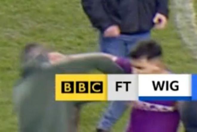 Man City thua sốc FA Cup: Aguero đánh CĐV, đối mặt án phạt nặng - 2