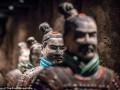 Thế giới - Tượng đất nung 2.000 năm từ mộ Tần Thủy Hoàng bị khách Mỹ vặt tay
