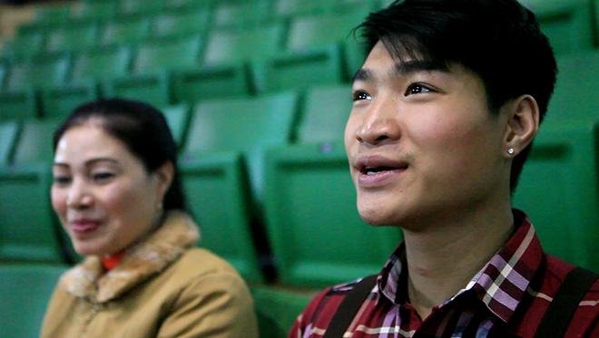 Gặp nữ diễn viên biểu diễn xiếc chó lâu nhất Việt Nam - 2
