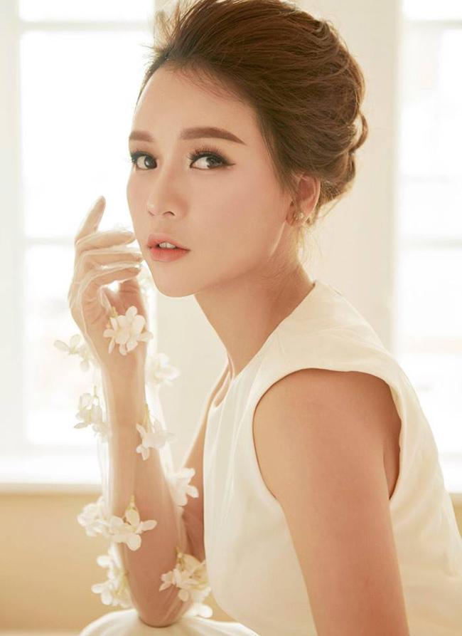 Hot girl Sam tên thật là Nguyễn Hà My, sinh năm 1990.