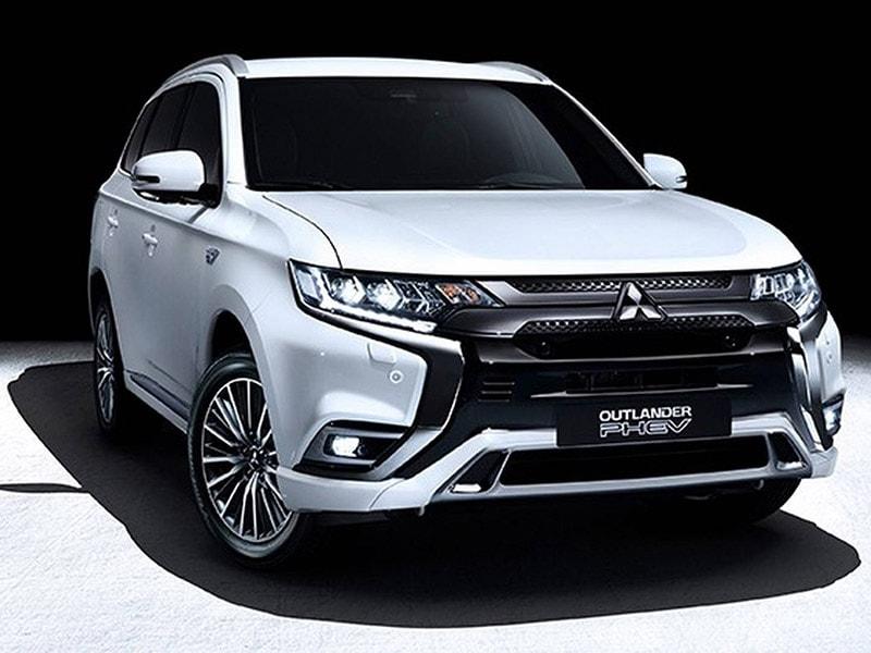 Mitsubishi nâng cấp cho Outlander PHEV với phiên bản 2019 - 1