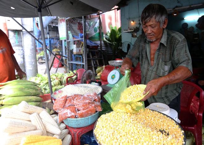 Chợ chỉ bán duy nhất một mặt hàng ở Sài Gòn - 10