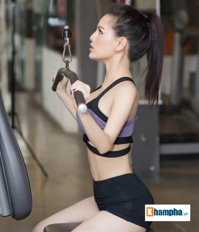 """""""Thánh nữ Mì Gõ"""" Trang Phi nóng bỏng tập gym, lộ chiêu giảm cân sau Tết - 1"""
