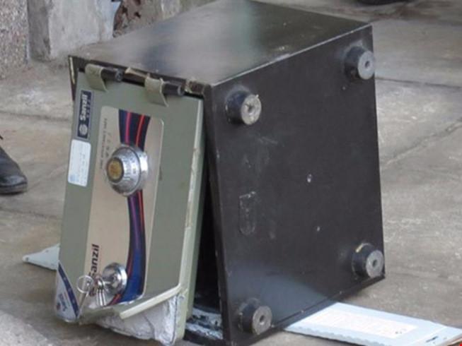 Về quê ăn Tết, trộm đột nhập phá két lấy gần nửa tỷ đồng - 1