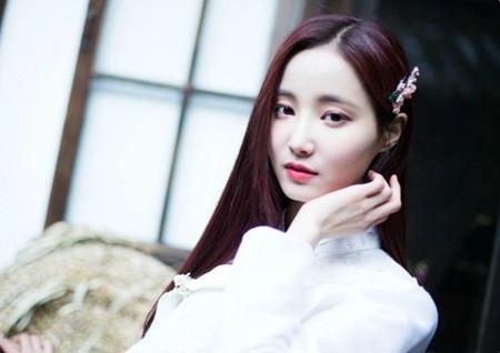 Bất ngờ với top 10 nữ thần tượng nổi tiếng nhất xứ Hàn - 3